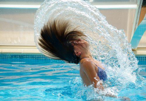 Agua limpia de la piscina - JuJuJu Aquacenter