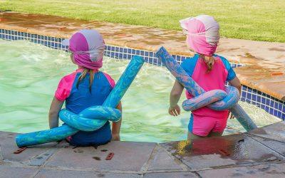 15 consejos: Tus niños seguros alrededor de la piscina