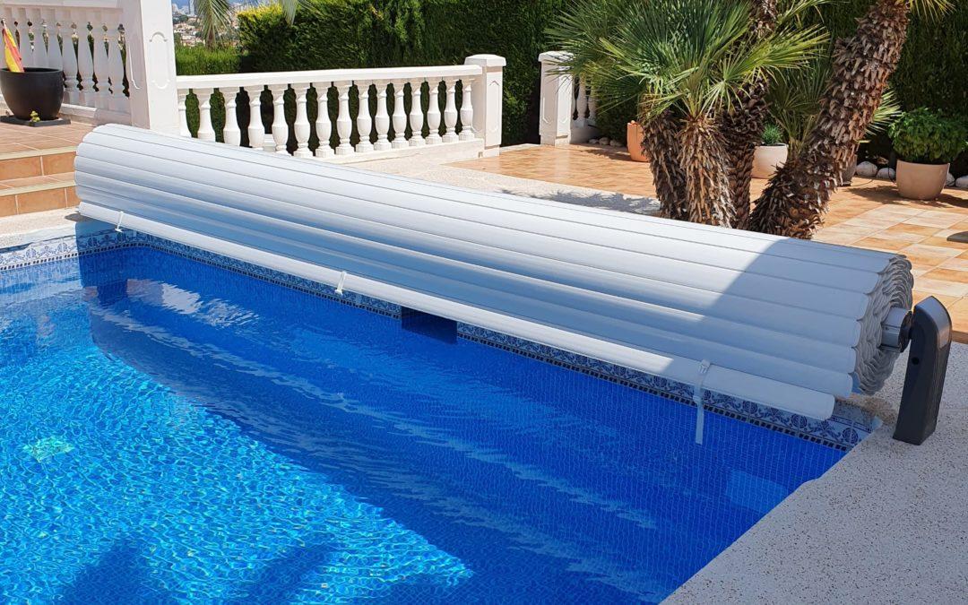 Cubierta de piscina de jujuju aquacenter en Calpe - pool cover benissa - schwimmbadabdeckung javea y denia