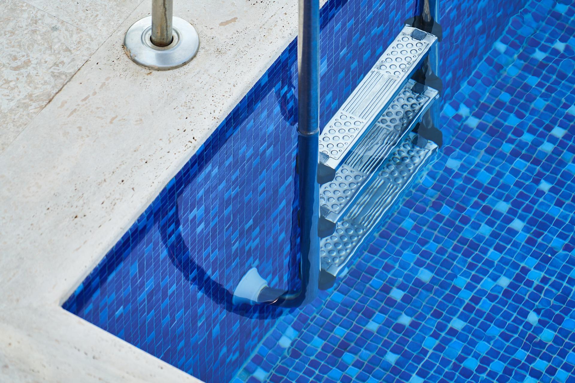 Accesorios para la piscina en jujuju aquacenter en benissa alicante