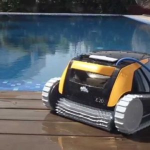 Pool Robot Dolphin en jujuju aquacenter en benissa