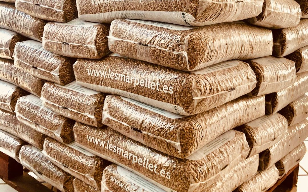 Te REGALAMOS un palet de 77 sacos de pellet con la compra de una estufa de pellets – FIN de temporada