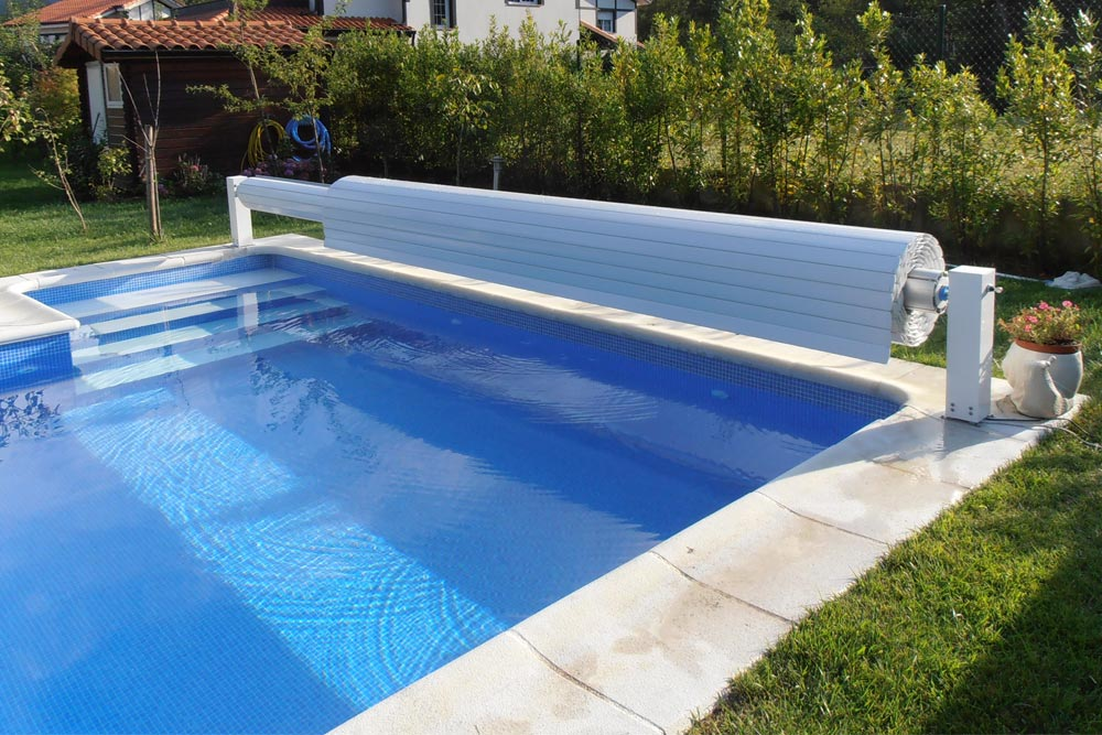 Automatic Pool cover by JuJuJu Aquacenter in Benissa